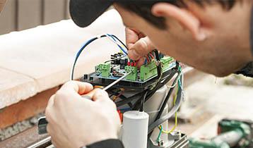 Tècnic en instal·lacions elèctriques i automàtiques