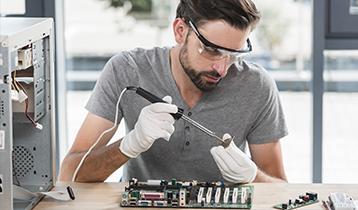 Tècnic en Sistemes Microinformàtics i Xarxes