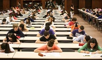 Curso para las Pruebas de acceso a la Universidad (PAU)